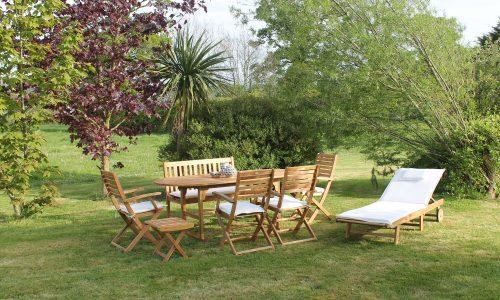14 piece wooden dining set