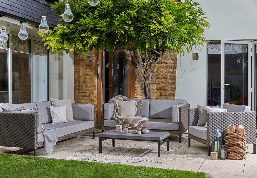 Daro Monterey outdoor rattan furniture lounging suite