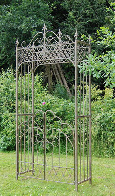 ascalon-marlborough-arch-with-gates